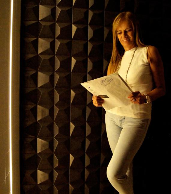Celia Cunha. Lightning Designer en Oliva Iluminación