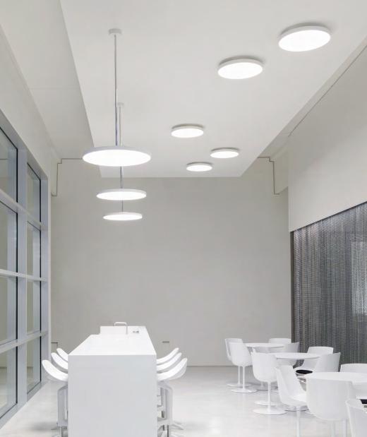 XALcc. Graz, Austria. Arquitecto: INNOCAD Architektur ZT GmbH. Graz, Austria. Solución: DISC-O 350 SURFACE y DISC-O 450 SUSPENDED.