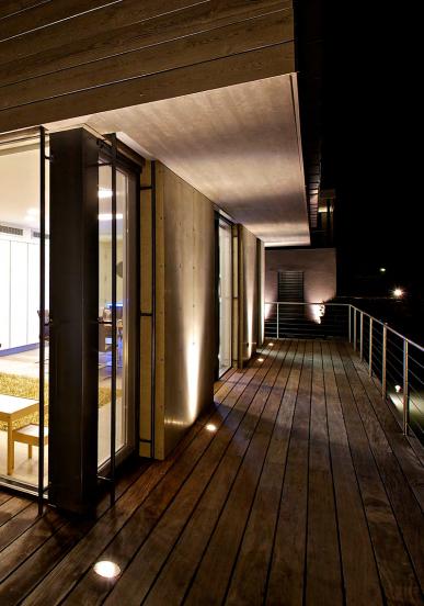 Private Residence. Wörthersee, Austria. Arquitecto: Rooms ARMW, Austria. Interior Design: Rooms, Klagenfurt, Austria. Solución: FILO 120.